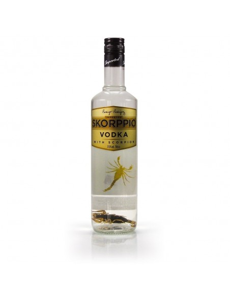 Skorppio Vodka with scorpion